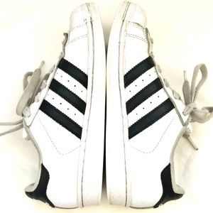 ADIDAS Superstar White & Black Sneakers Size Y 4